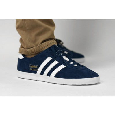 Vaste vente adidas gazelle homme blanche,Chaussures Outlet